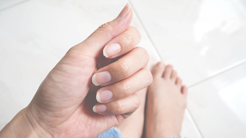Co się dzieje z Twoimi paznokciami?